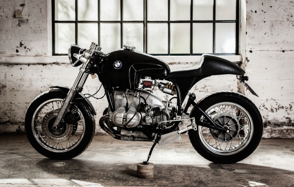 Sette Nero Manta LHS M BMW Caferacer Custom Motorcycle by Andrea Felice